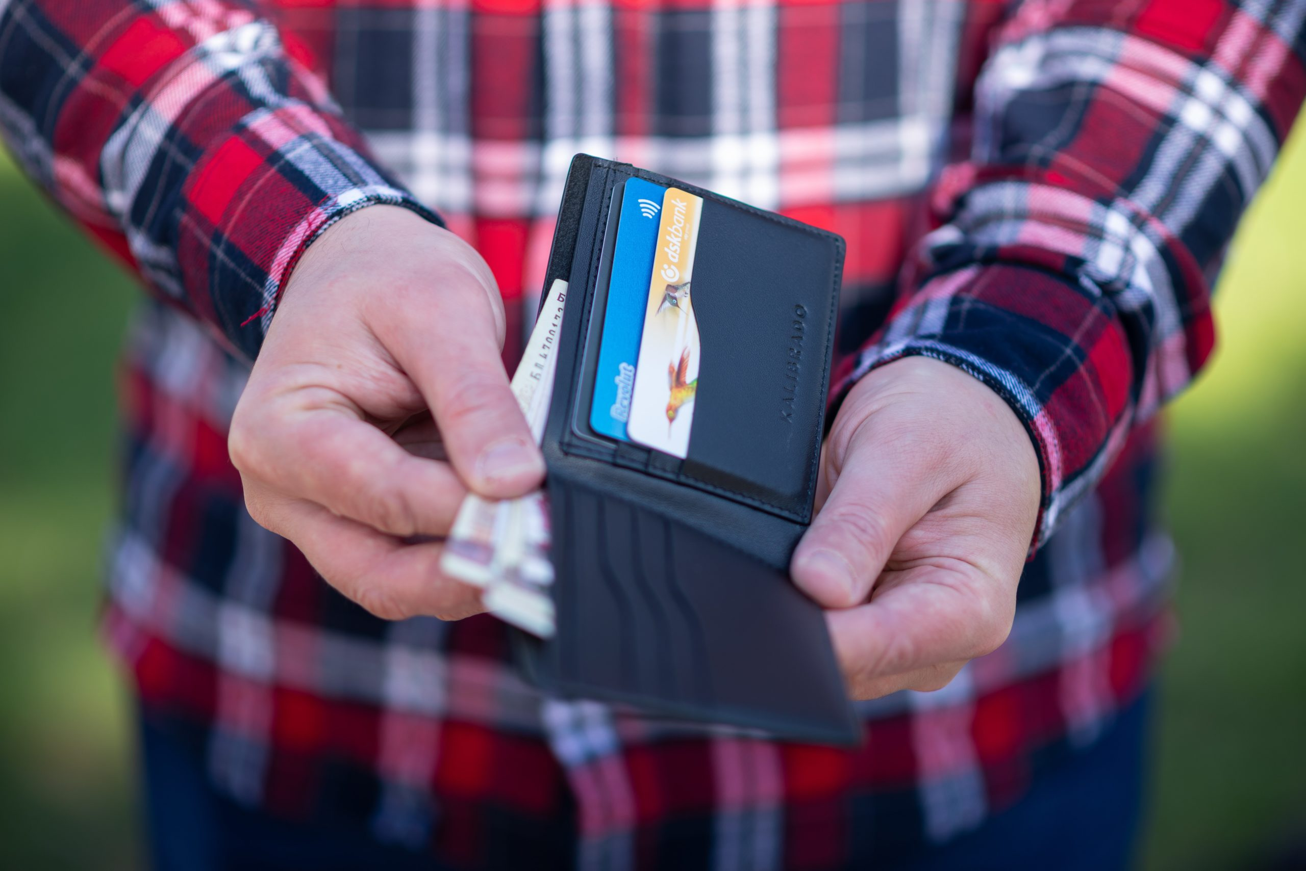 man-with-wallet-fix-credit-score